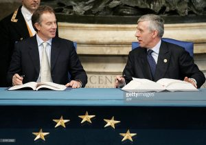 Tony Blair and Jack Straw signing the EU Constitution in the same room in Rome as where the Treaty of Rome was signed.