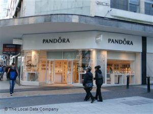 The witness will be outside Pandora Jewellery in the High Street B4 7SH from 11am.