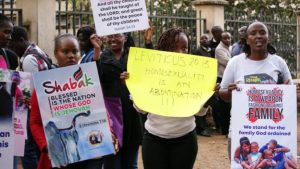 Kenyan Christians prayed and witnessed outside court